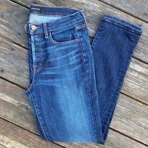 J Brand Caitland Jeans in Invited Size 28 Like New